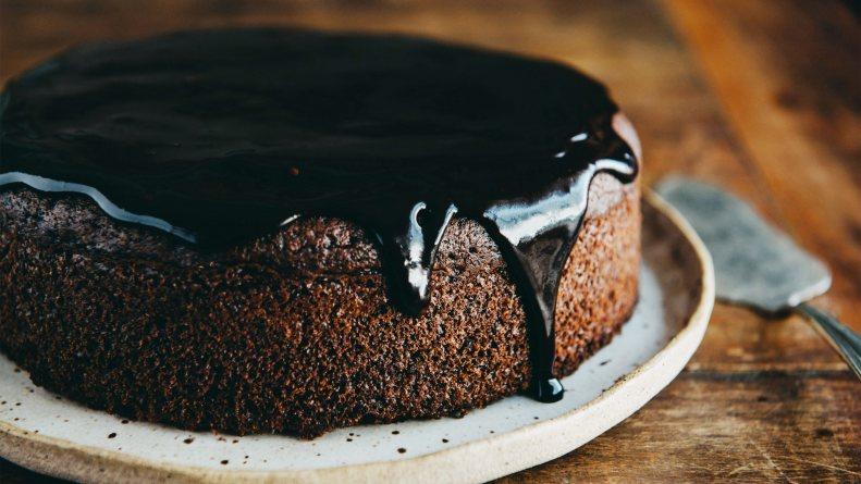 Čokoladna torta bez mleka