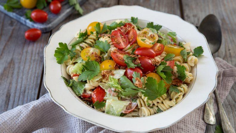 BLT Salata sa testeninom